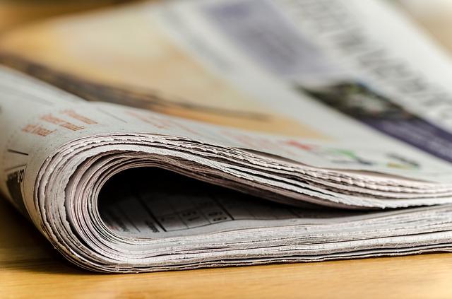newspapers-444449_640